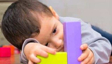 What are signs Autism Spectrum Disorder