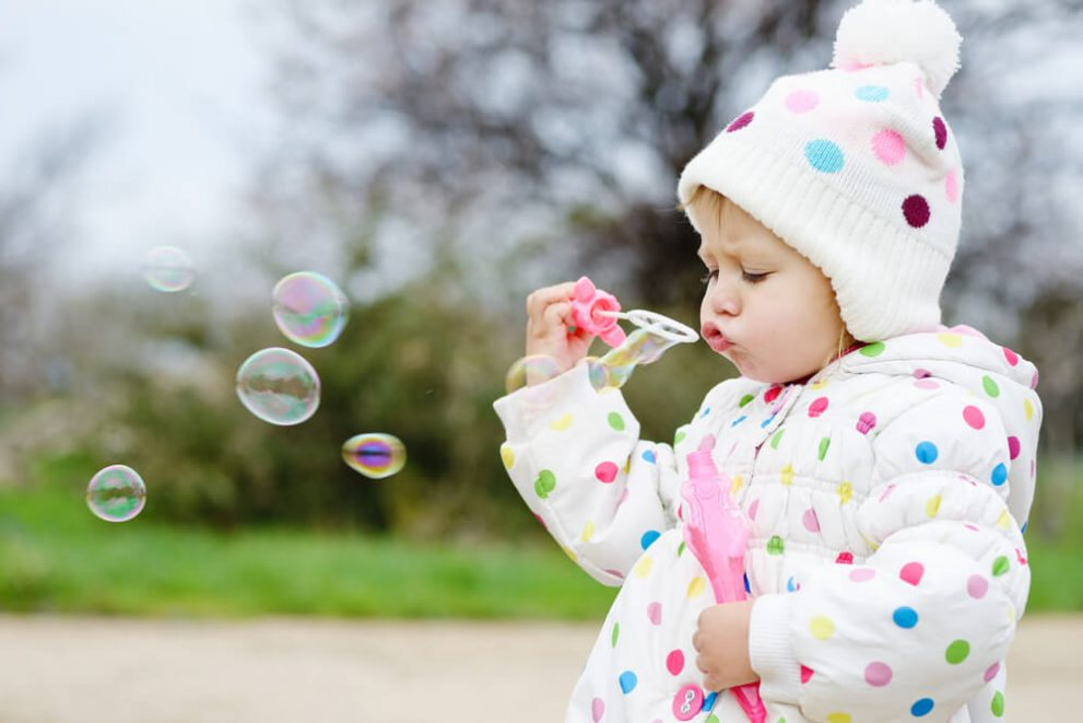 Language learning for children with bubbles