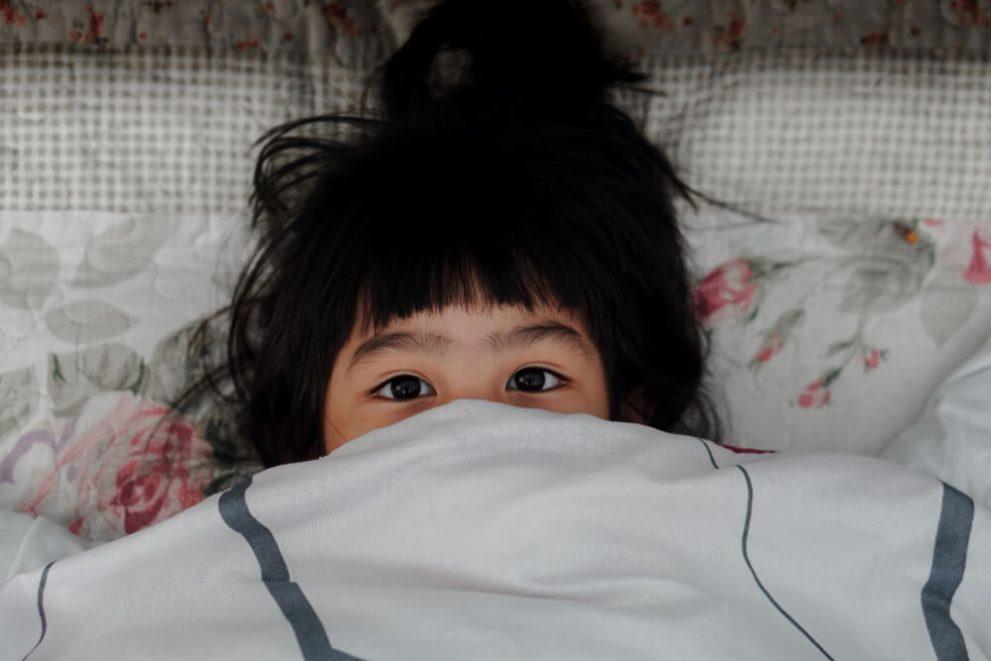 Calm tantrums with sensory blanket